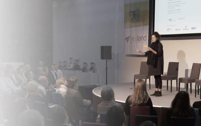 POETRYSLAM Erde 5.0 von Dominique Macri